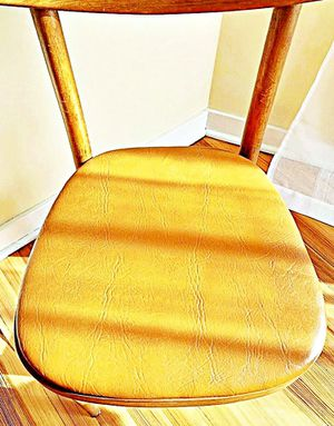 Wooden Shelby Williams Industries MCM chairs (4) with leather seat cushion. for Sale in New York, NY
