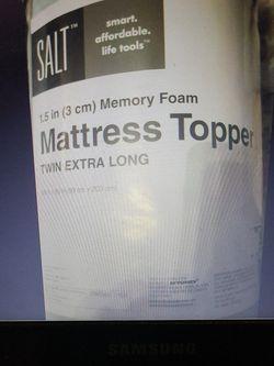 Salt Mattress Topper Memory Foam 1.5 in Twin Extra Long for Sale in Durham,  NC