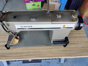 Singer 591D-300 Straight Lockstich Industrial SEWING MACHINE TABLE for Sale in San Jose, CA