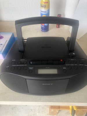 Sony CD / Radio Player for Sale in Strongsville, OH