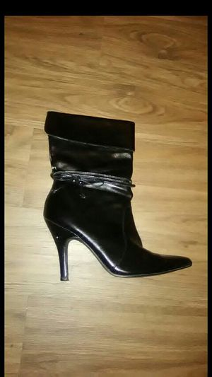 $15 Women Boots for Sale in Houston, TX