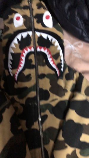 Bape reversible all black and camo for Sale in Gaithersburg, MD