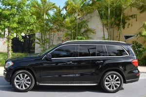 2014 MERCEDES GL!!!WE DONT CARE ABOUT CREDIT-WE FINANCE!! for Sale in Miami, FL