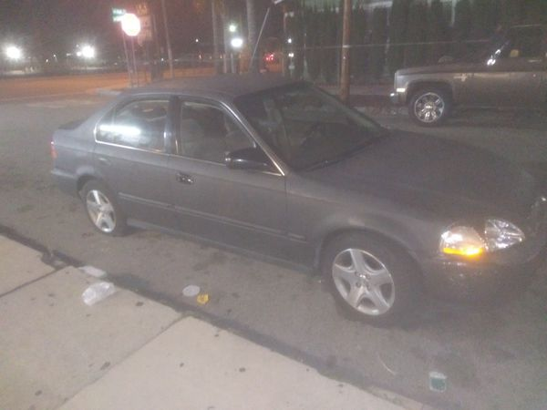 1998 Honda Civic. Would consider trade for bigger car