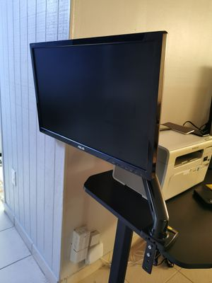 Monitor Asus 27 display port HDMI and VGA for Sale in Sunny Isles Beach, FL
