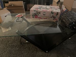 Glass coffee table for Sale in Arlington, TX