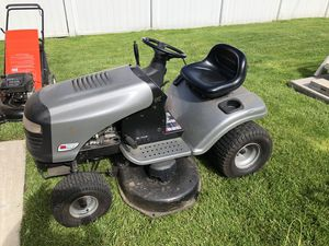 Tractor new for Sale in Dearborn Heights, MI