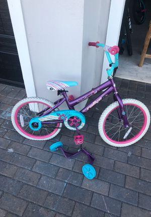 """Free girls bike 18"""" for Sale in Loxahatchee, FL"""
