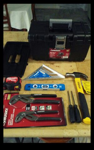 "All new, 16"" toolbox, 25ft tape measure ,2 pc adjustable pliers ,16oz hammer ,9"" manetic level , aluminum square, 2 screw drivers $$55 for all for Sale in San Antonio, TX"