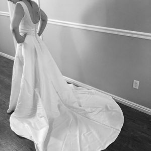 White wedding dress size 8 for Sale in Boise, ID