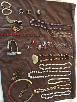 Lot of costume jewelry for Sale in Young, AZ