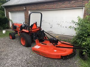 Kubota B2710 4x4 for Sale in Westerville, OH