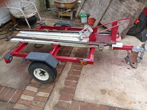 White & Red frame bike trailer for Sale in Manassas Park, VA
