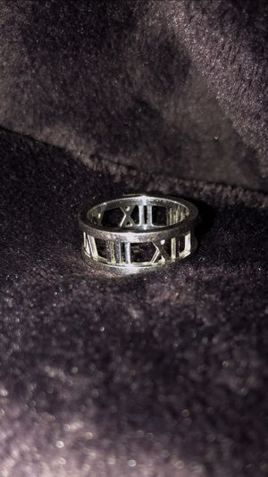 Tiffany & co atlas 18k white gold ring for Sale in San Leandro, CA