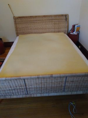 Queen bed for Sale in Baltimore, MD