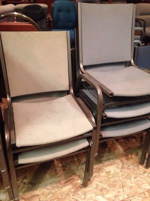 5 metal office chairs with book under for Sale in Caledonia, MI
