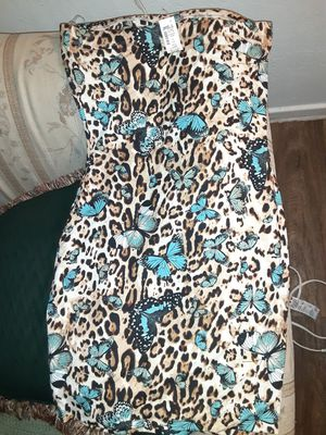Brand new tube dresses both size large can fit a medium stretch material hugs body paid $20 each both for $15 no less pick up only for Sale in Phoenix, AZ
