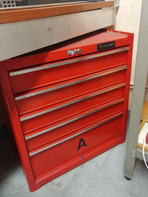 Husky Brand tool box great shapes for Sale in Hialeah, FL