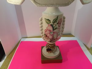 THIS IS A VERY NICE LAMP for Sale in Arnold, MO