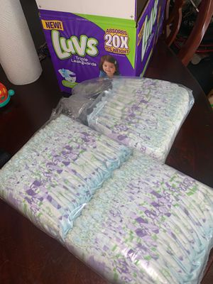 Luvs pampers size 4 for Sale in Dallas, TX