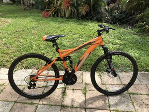 Orange and black mongoose mountain bike for Sale in Fort Lauderdale, FL