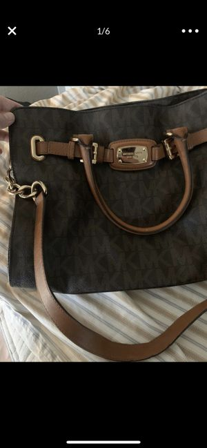 Michael Kors Hamilton purse, MK logo, large tote for Sale in Phoenix, AZ