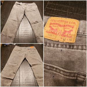 Men's jeans. 5 pairs of Levi's and one pair of Lucky Brand jeans. Sizes range between 36×34 and 36x36. for Sale in Fairburn, GA