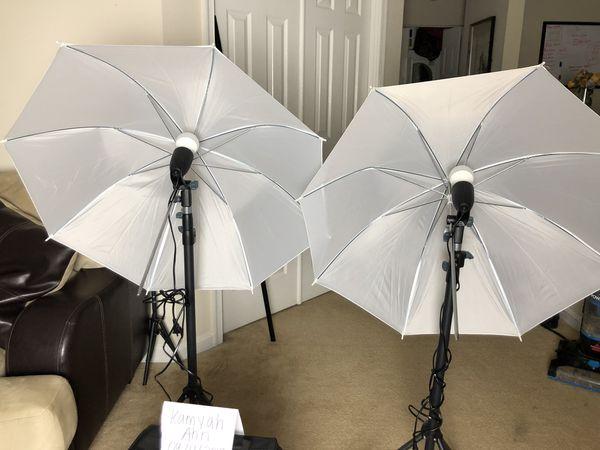 Canon Rebel T6 video creator kit + Umbrella Lights *GREAT CONDITION*