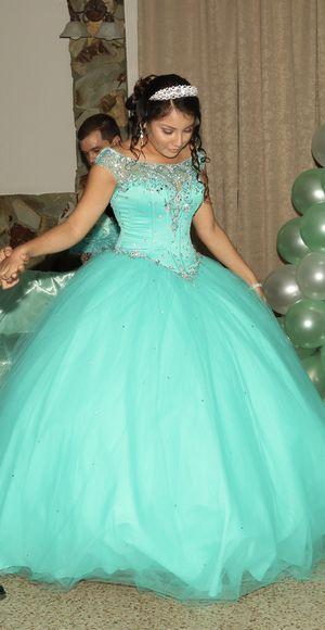 quinceanera dress (size 8) for Sale in Miami, FL