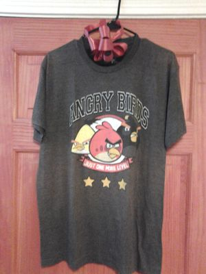 Angry Bird T-Shirt(large) for Sale in Tucson, AZ