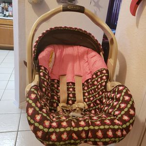 Baby car seat for Sale in Mansfield, TX
