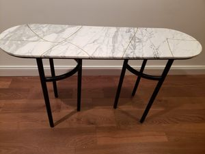Stile Console Table- NEW NEVER USED for Sale in Baltimore, MD