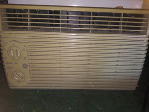 Ge ac air conditioner window unit heater for Sale in Las Vegas, NV