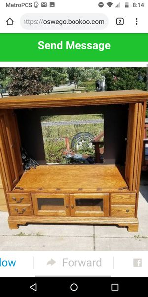 Basset TV stand want gone read ad for Sale in Oswego, IL