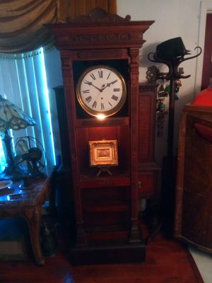 Antique Waterbury grandfather clock for Sale in St. Petersburg, FL