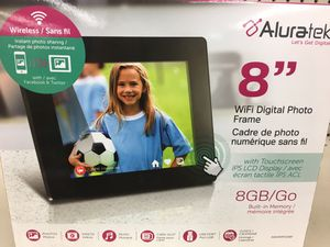 "Digital picture frame 8"" for Sale in Prosser, WA"