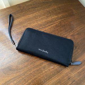 Vera Bradley Wallet Wristlet for Sale in Emmaus, PA