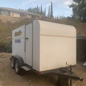 12 ft enclosed motorcycle trailer for Sale in Moreno Valley, CA