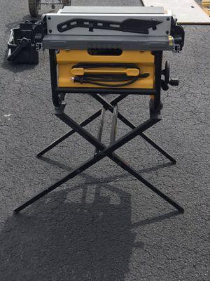 DeWalt Table Saw for Sale in Orlando, FL