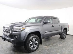 2017 Toyota Tacoma V6 for Sale in Miami, FL