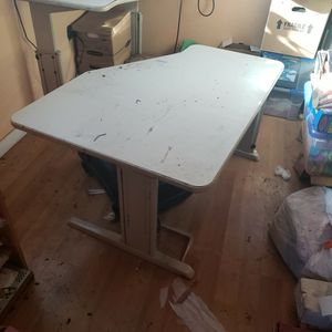 Free Tables/ Adjustable Height Desk for Sale in Mulino, OR