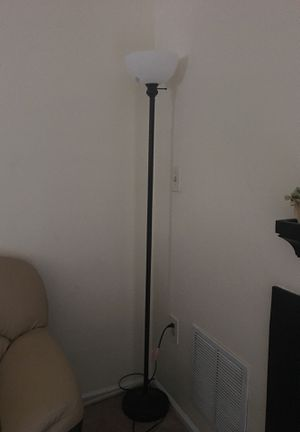 Floor lamp for Sale in South Brunswick Township, NJ