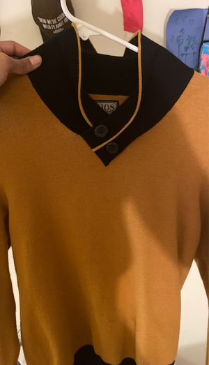 Xios casual sweater for Sale in Silver Spring, MD