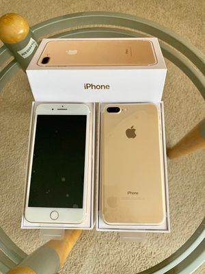 iPhone 7+ Factory unlock 32GB for Sale in Glenview, IL