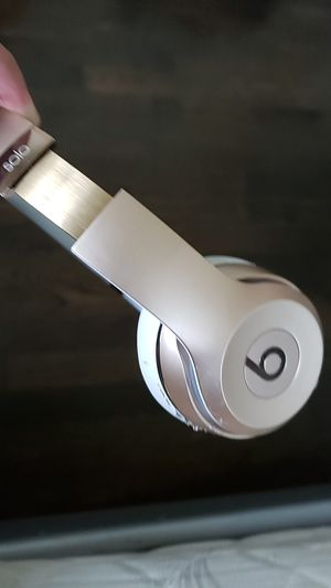 Beats solo 3s for Sale in Puyallup, WA