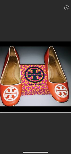 TORY BURCH ORANGE /gold flats 9.5 for Sale in Queens, NY