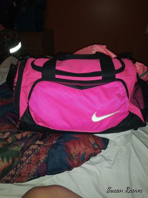 New nike duffle bag for Sale in Temple, GA