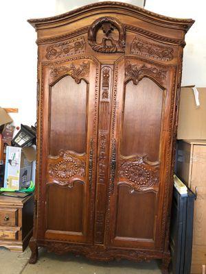 Antique Armoire for Sale in Clovis, CA