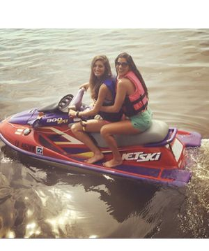 Kawasaki 900 Jet Ski 4sale! Well maintained and comes WITH TRAILER! Beautiful girls are not included!!1200 OBO for Sale in Lake Charles, LA