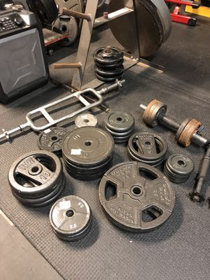 Standard Size weights and Bar (Davie) for Sale in LAUD LAKES, FL